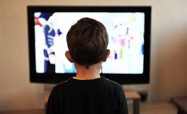 TRAGEDIA | Murió un niño de tres años aplastado por un televisor viejo