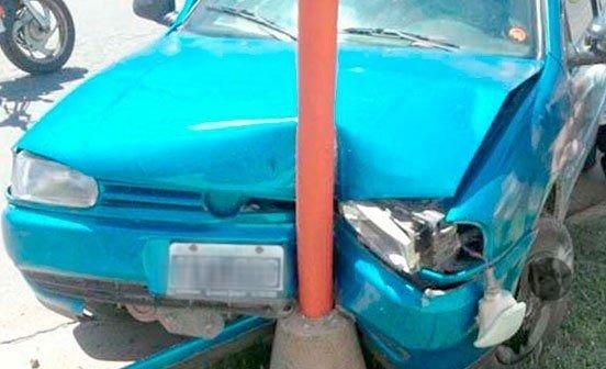 """Un menor """"robó"""" el auto del garage para dar una vuelta y acabó de la peor manera"""