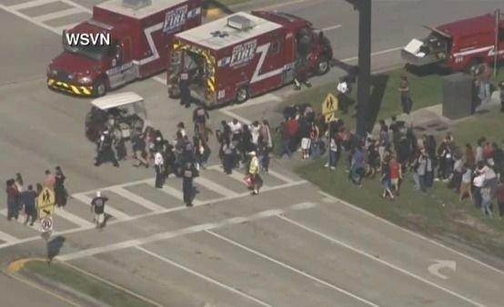 Masacre en una secundaria de Florida: hay al menos 17 muertos