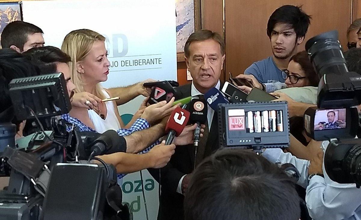 Suárez abrió las sesiones ordinarias del Concejo de Capital