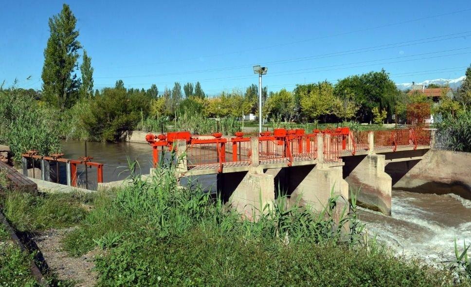 Fuerte inversión para el Canal Cacique Guaymallén y Campo Espejo