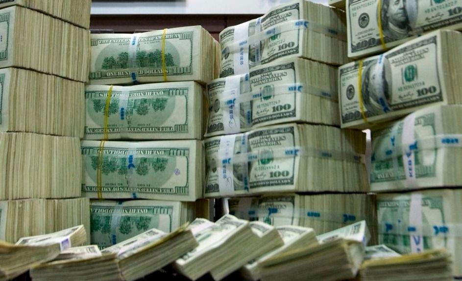 El Gobierno colocó 800 millones de dólares en Letras del Tesoro