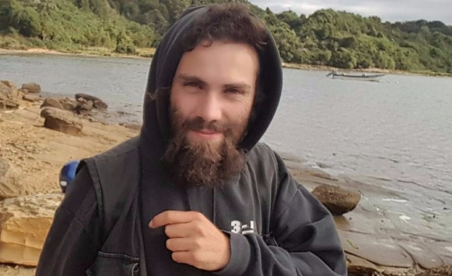 Circulan en las redes fotos del supuesto cadáver de Santiago Maldonado