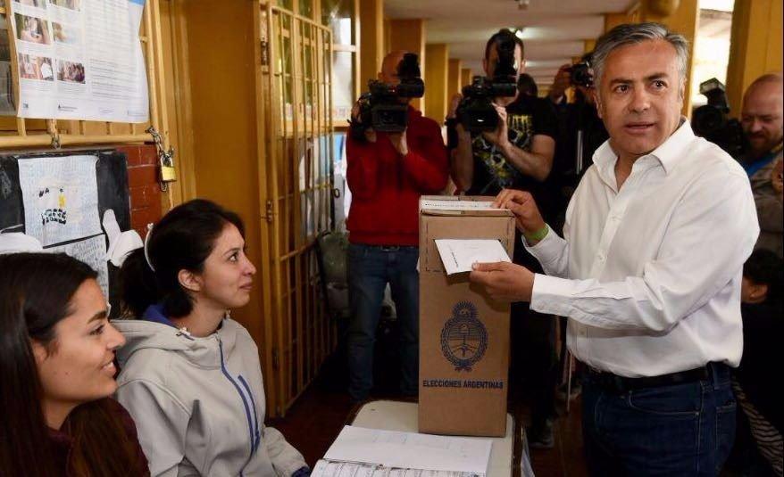 Votó el gobernador Cornejo y habló del caso Maldonado