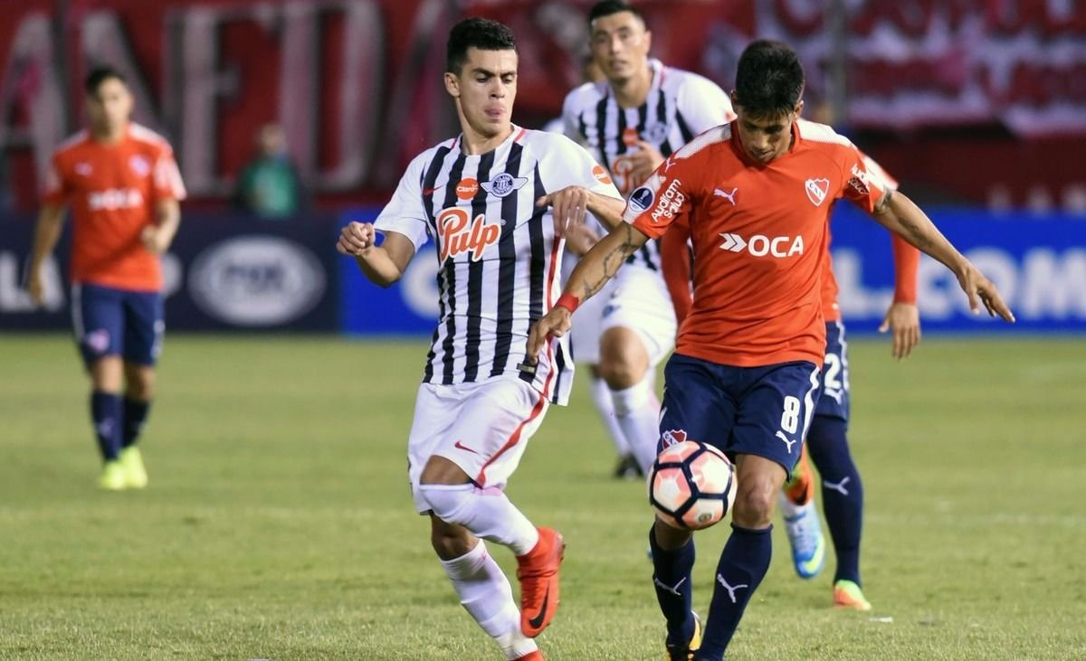 Independiente fue mejor pero se trajo una derrota de Paraguay