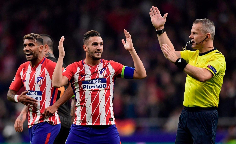 El Atlético le ganó 2-0 a la Roma y mantiene la esperanza