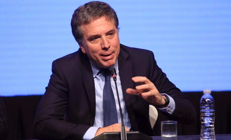 """Dujovne: """"El estado no ahorrará dinero con la reforma previsional"""""""