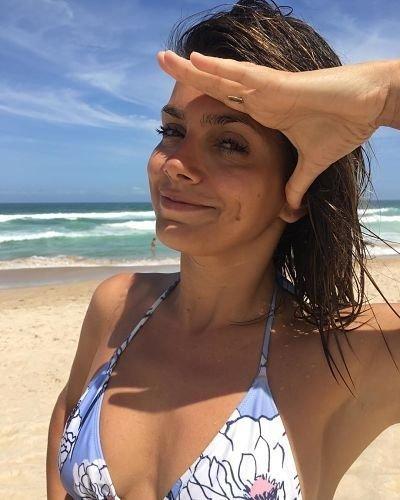 natalie-perez-instagram-fotos-playa-brasil-vacaciones-gira-2019-hoy