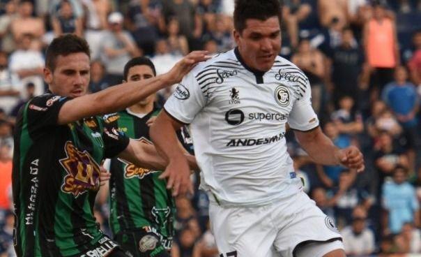Piden detener a un futbolista de Independiente Rivadavia por una denuncia por abuso sexual