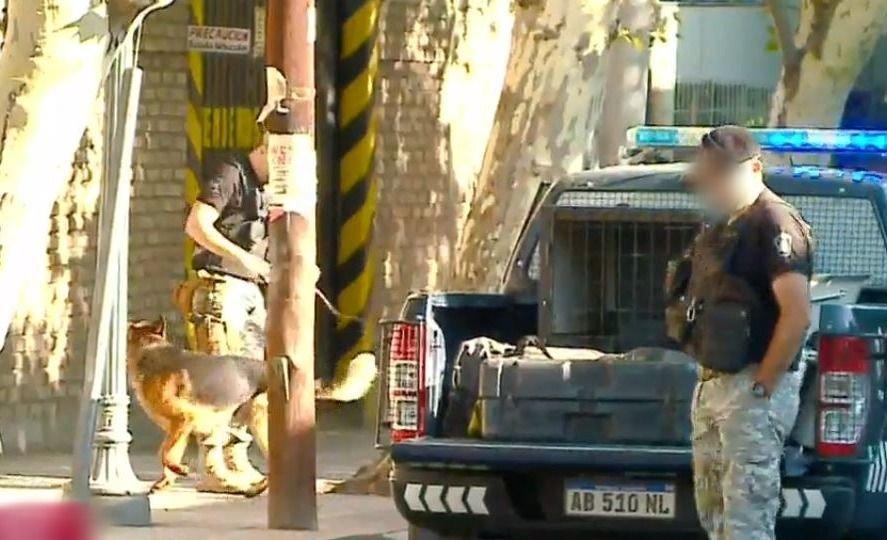 Amenaza de bomba en el Banco Galicia de Godoy Cruz