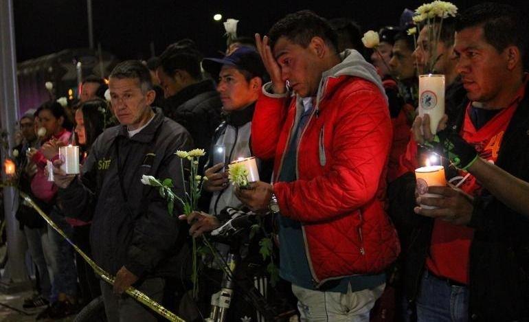 Tres días de duelo por los 21 muertos en el atentado de Bogotá