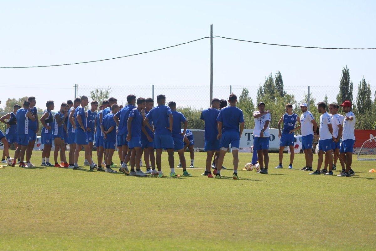 Atención tombinos: Marcelo Gómez ya tiene el once para el debut