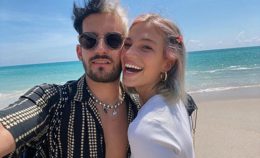 Ricky Montaner aclaró los rumores de embarazo de su novia Stefanía Roitman