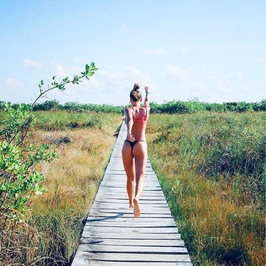 rocío robles-fotos-instagram-nazareno marcollese-enamorados-sensual-méxico-vacaciones-bikini-selección-jugadores