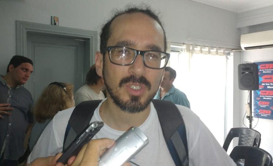 sute-sebastian-henriquez-jaime-correas-paritarias-educación-mendoza-2019