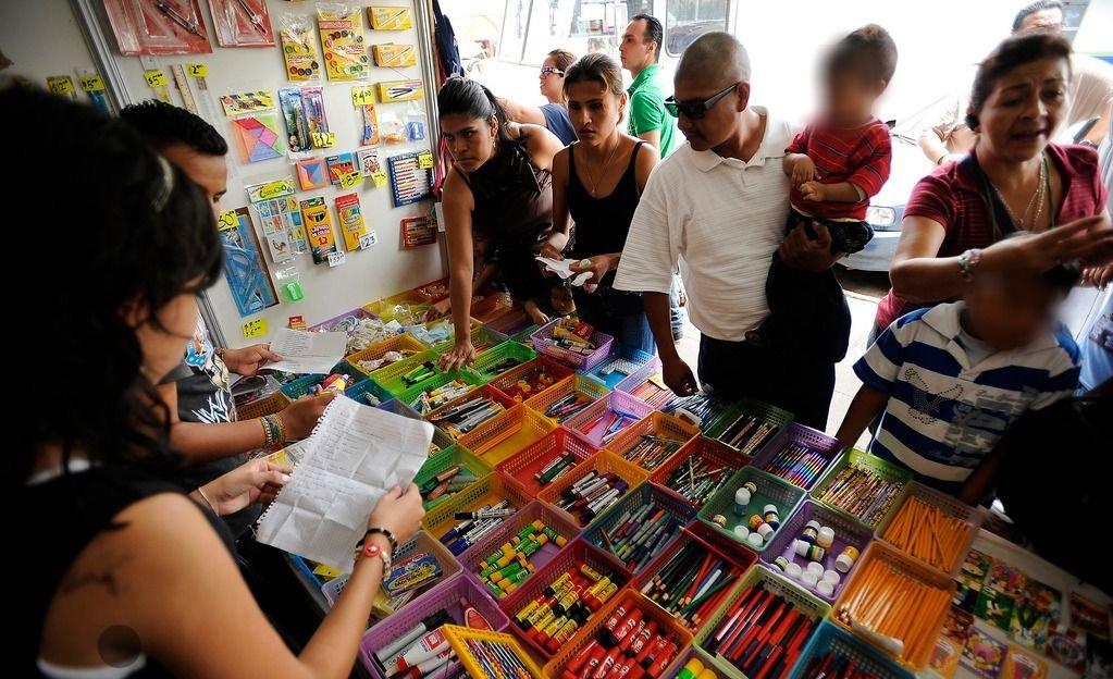 Prevén fuertes subas en el precio de los útiles escolares