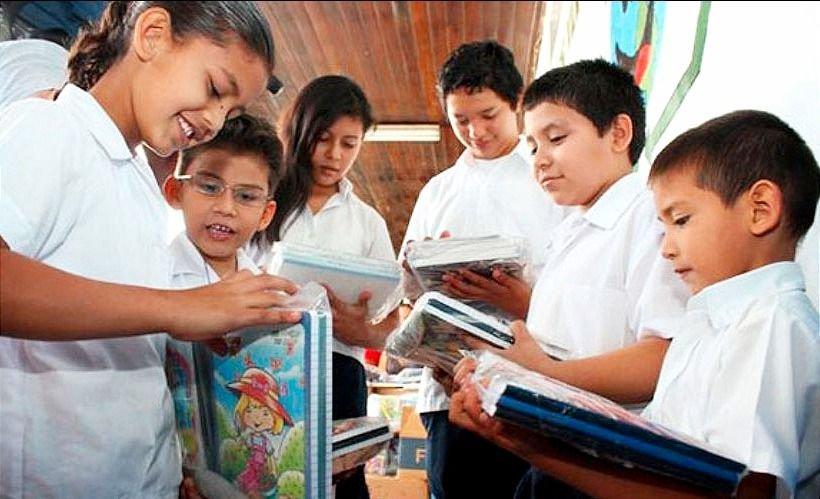 Comienza el pago de la Ayuda Escolar