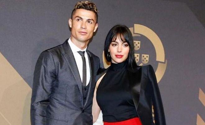 La gran fortuna que Cristiano Ronaldo le da a su novia todos los meses
