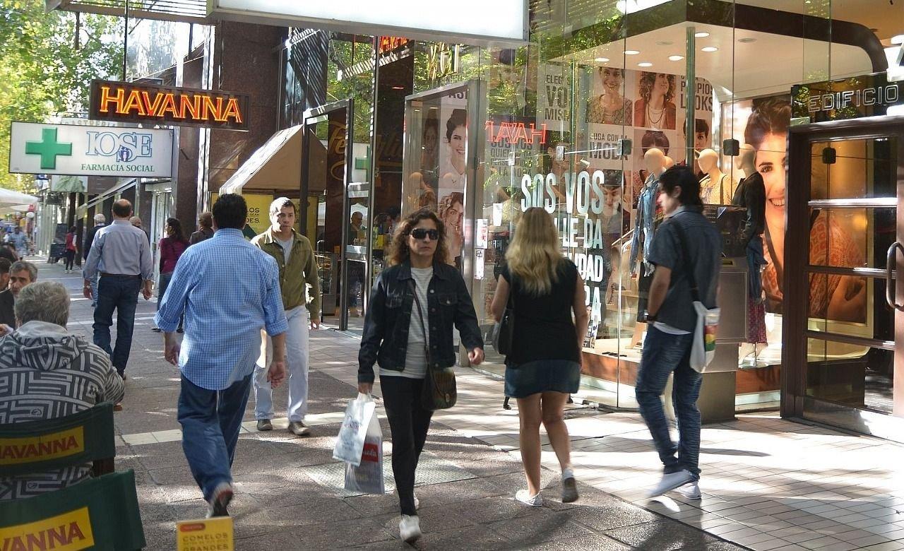 Así funcionará el comercio en Mendoza en este feriado XL