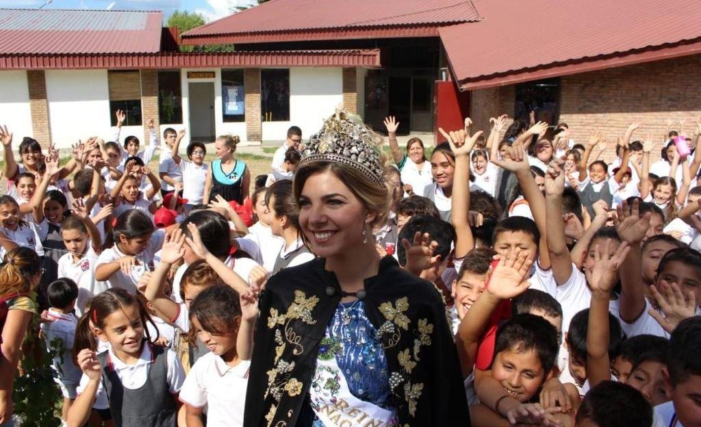 María Laura Micames llegó a San Carlos y fue ovacionada