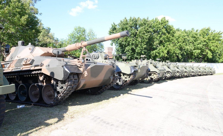 Nuevos tanques.