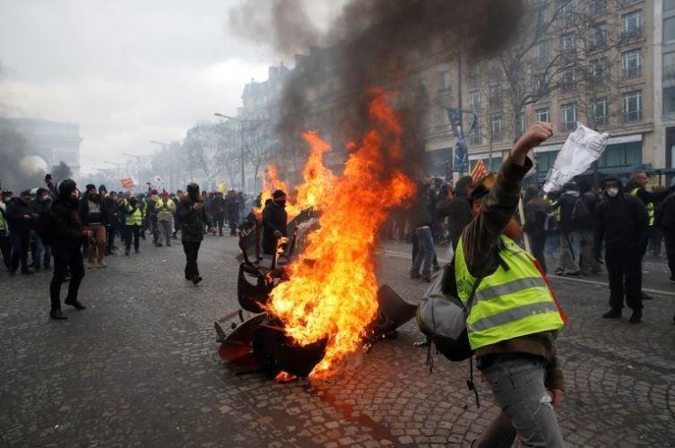 francia-chalecos-amarillos-protesta-fotos-videos