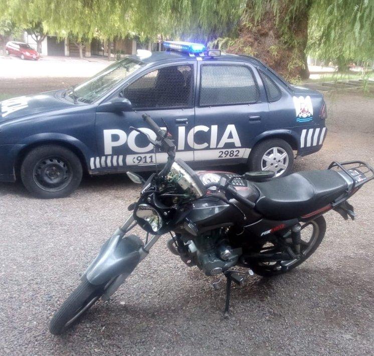 robo-moto-vecinos-policiales-hoy-mendoza-grupo-whatsapp