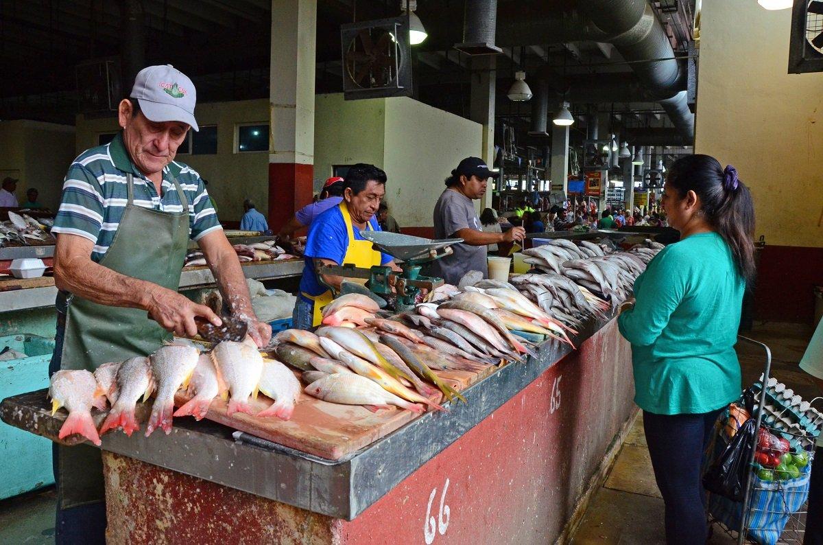 semana santa-pescados-aumento-empresarios-pascuas-paella-merluza