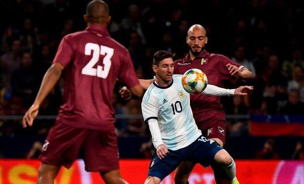 Image Result For Argentina Vs Chile Amistoso 2019 Radio En Vivo