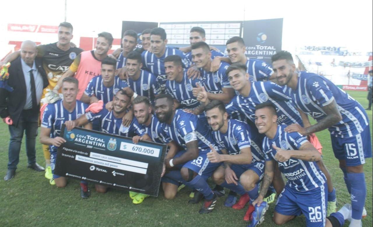 Triunfo agónico: el Tomba lo dio vuelta y avanzó en la Copa Argentina