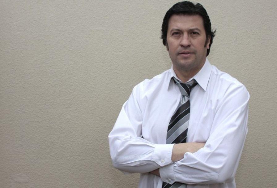 Santiago Alé responde sobre dudas en encuesta sobre precandidatos