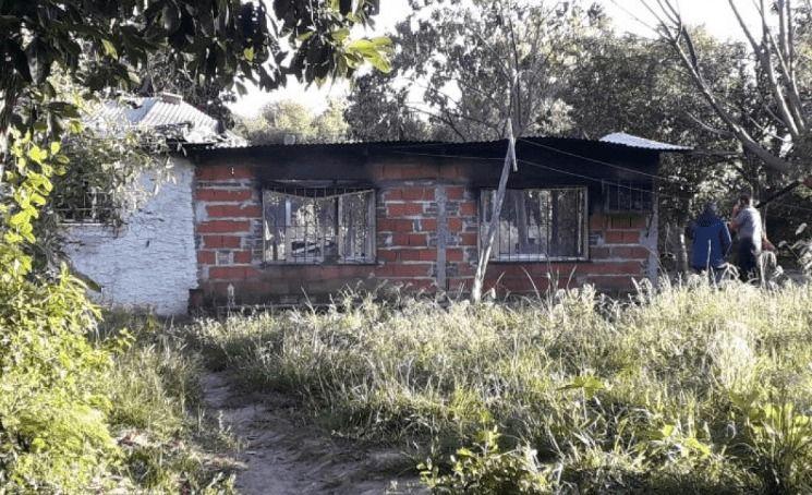 Corrientes: una mamá y sus cinco hijos murieron quemados