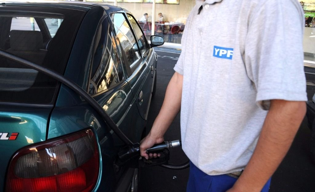 Aumentaron los precios de las naftas en Mendoza