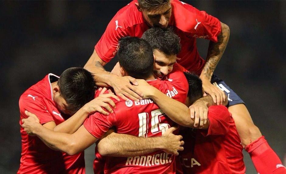 Independiente se hizo fuerte en Córdoba derrotando a Talleres