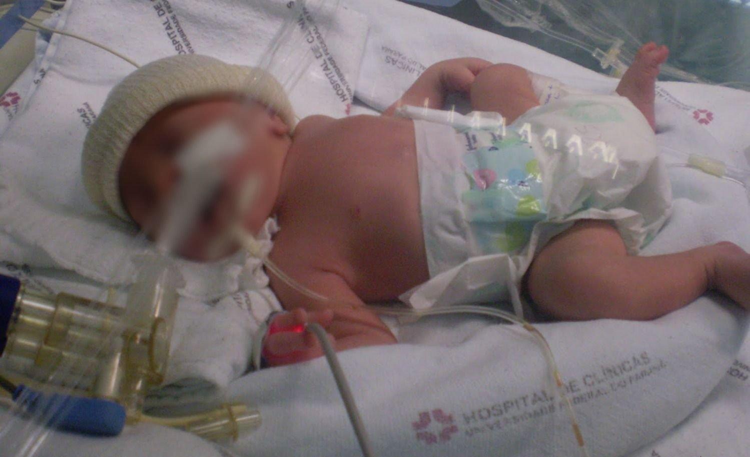 Murió un bebé mendocino y detuvieron a sus padres: tenía múltiples lesiones