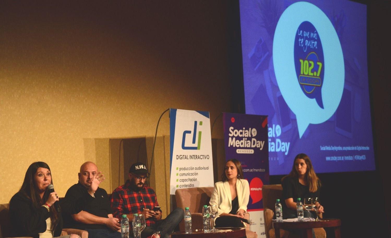 La Coope 102.7 estuvo presente en el Social Media Day Mendoza
