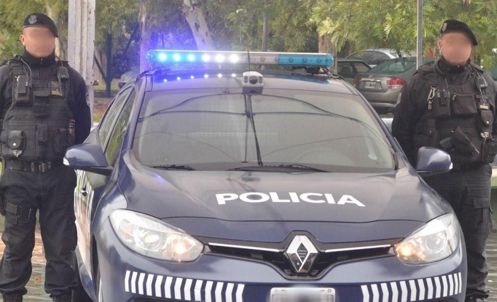 Mendoza | Las Heras: en un allanamiento la Policía encontró un arma, droga y plata