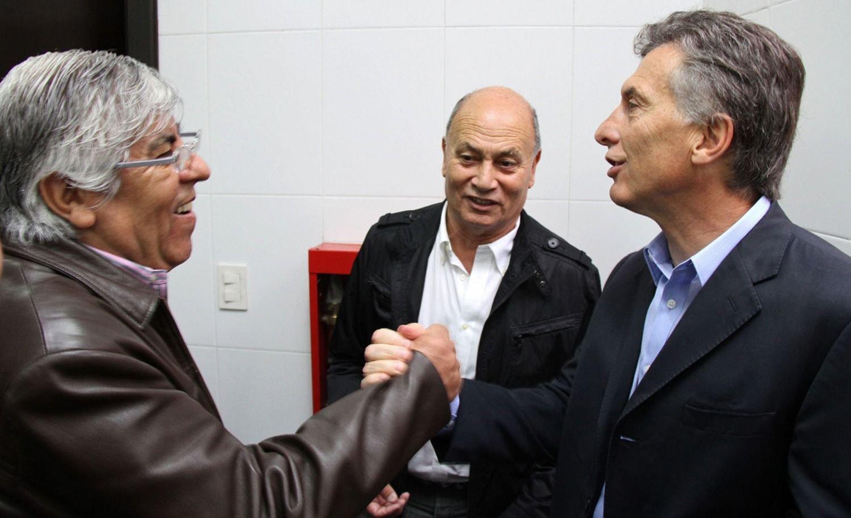 Hugo Moyano Alberto Fernández Mauricio Macri Camioneros