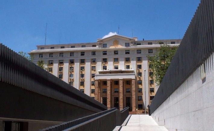 Cornejo decretó un fuerte plan de austeridad en el Estado provincial