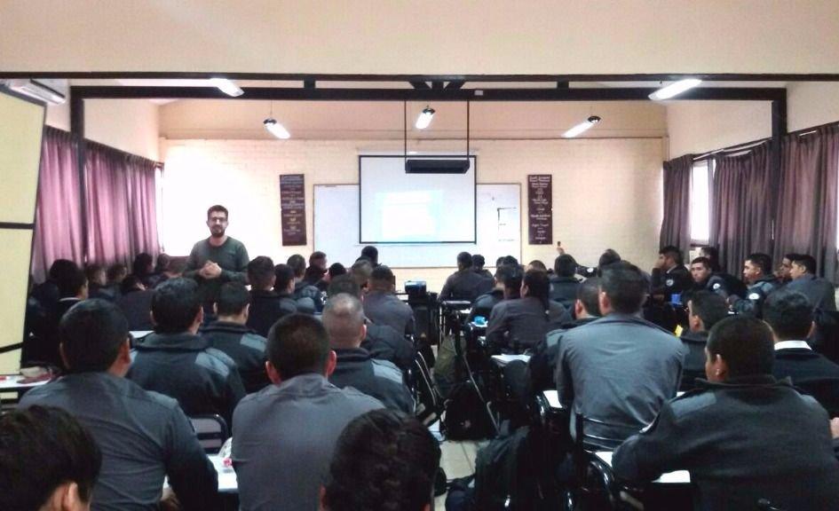 En Mendoza capacitan en Derechos Humanos a aspirantes penitenciarios