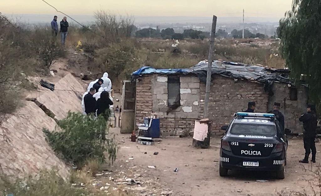 Asesinato: prendieron fuego a un golpeador de mujeres en Godoy Cruz