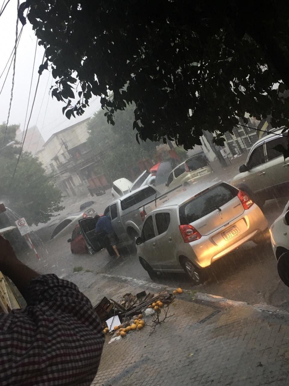 Inundaciones-Paraguay-fotos-videos-autos-2019-