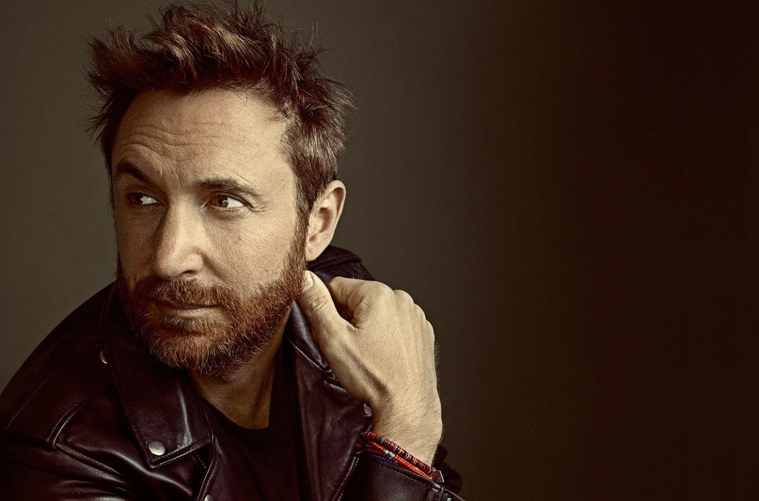 David Guetta presentó su nuevo single Stay (Dont Go Away)