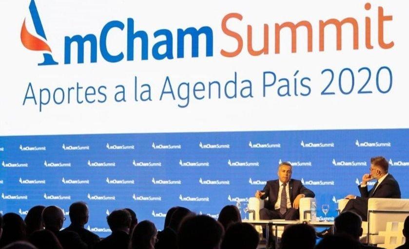 alfredo-cornejo-novaresio-declaraciones-amcham-summit-entrevista