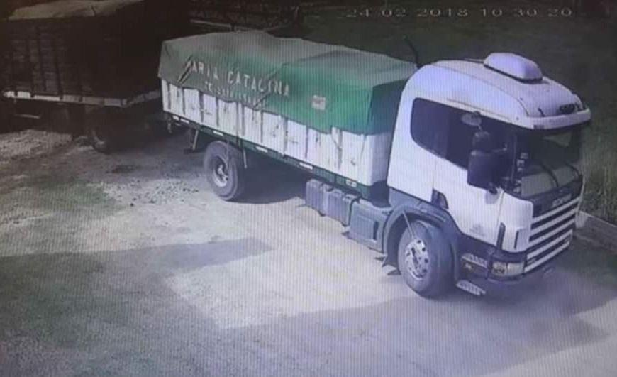 Camionero murió aplastado por su propio rodado cuando lo estacionaba en un frigorífico