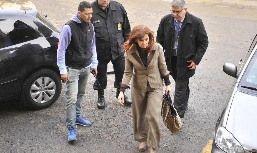 Cristina Kirchner fue sobreseída en la causa cuadernos por primera vez