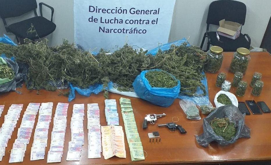 Secuestraron más de siete kilos de marihuana en Las Heras y hubo dos detenidos