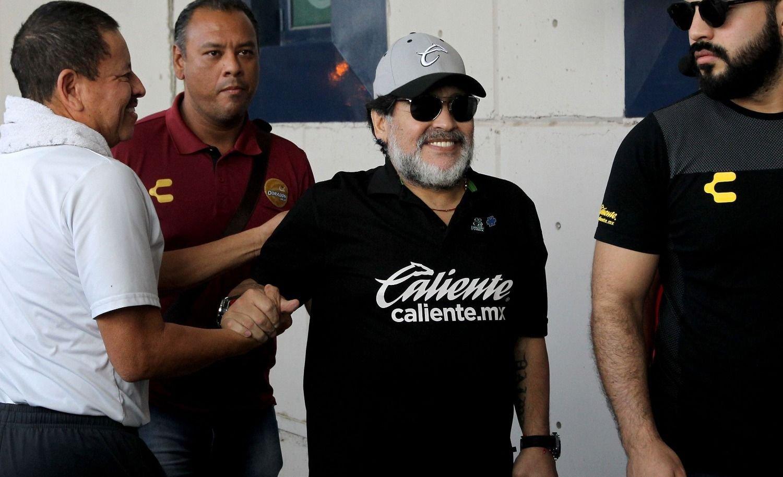 BOMBA | Diego Maradona podría ser el DT de Defensa y Justicia