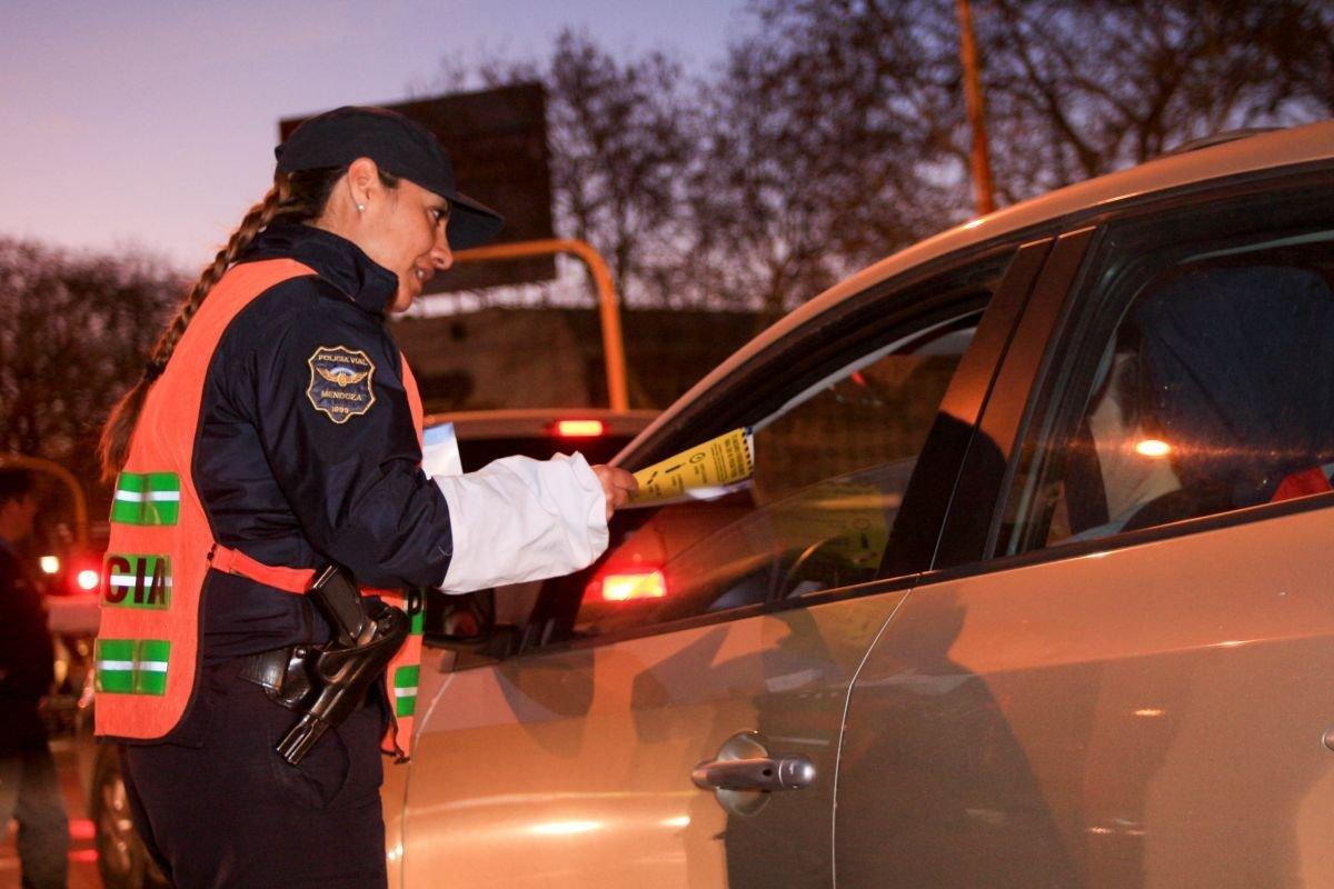 mendoza-controles de alcoholemia-multas-ministerio de seguridad