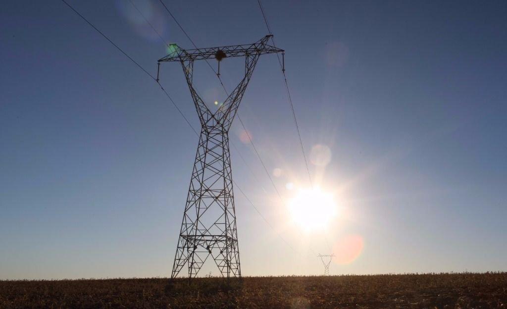 La demanda de electricidad de la industria sigue en caída